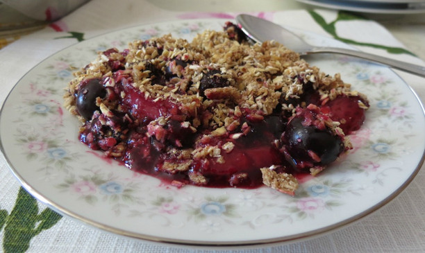 Summertime Berry Crumble