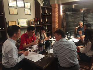 Why A Successful Winery Tour Is Important to Your China Wine Business