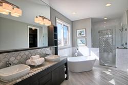 13 Master_Bathroom