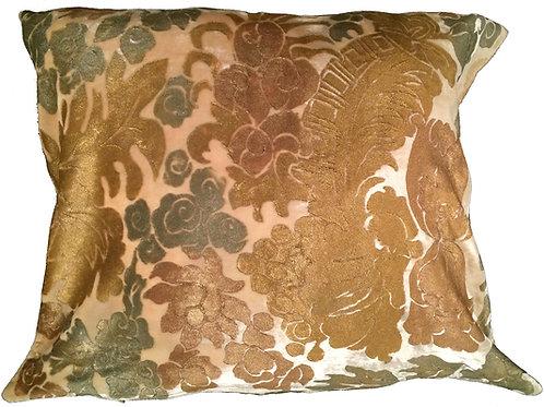 Lyon XVIII Pillow