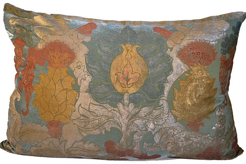 Cardus Flower Pillow