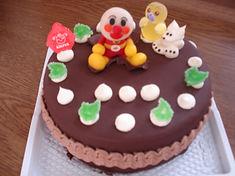 マジパン飾りのケーキ