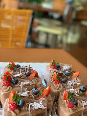 生チョコのショートケーキ。_edited.jpg