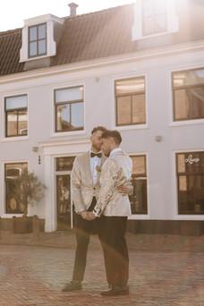 white & gold shoot. kvd-164.jpg