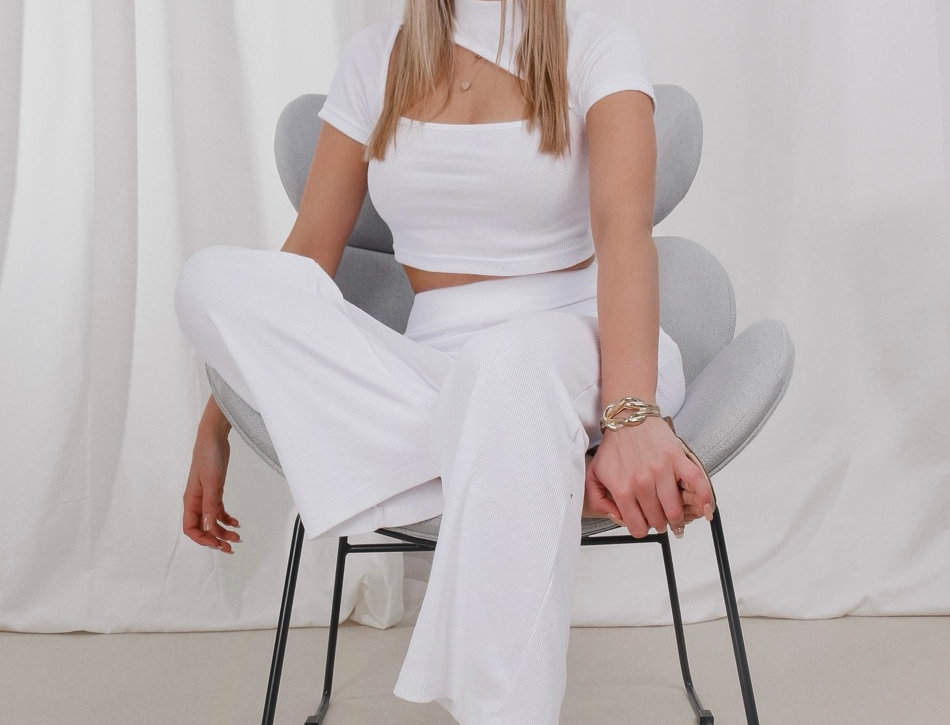 Casual White