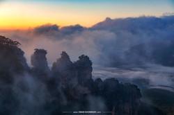 Three Sisters Fog 1081