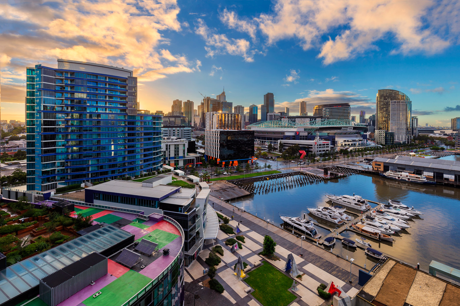 Docklands Melburne 2305