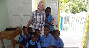Rhonda Vaughan with children of St. Vincent and the Grenadines