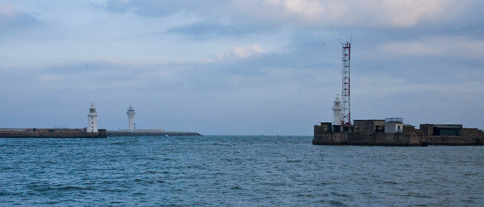 20130223_07_9 7x3 Port of Colombo entran