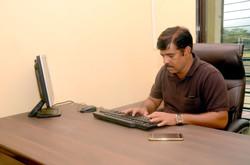 Dr Afzal Shaikh