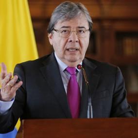 """""""Carlos Holmes Trujillo debe renunciar"""" Partidos de Oposición"""