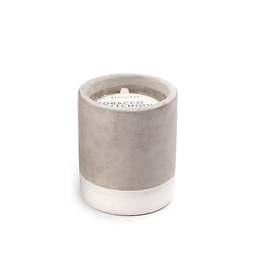 TABACCO + PATCHOULI, круглая свеча в бетоне