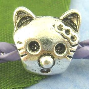 Hello Kitty Charm Bead