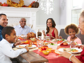 5 Fun Photo Ideas to Help Stay Connected to an Incarcerated Loved One During the Holiday Season 🎄🎅