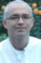 Praxis für Osteopathie in Bielefeld und Gütersloh, Kinderosteopathie für Säuglinge und Jungendlich, Schwangerschaft, Osteopath. Kolik, Blähung, Schiefer Hals, Hüft- und Knieschmerzen, Rückenschmerzen.