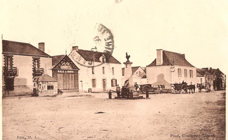 St-ANDRE-des-EAUX - Place de la Mairie.j