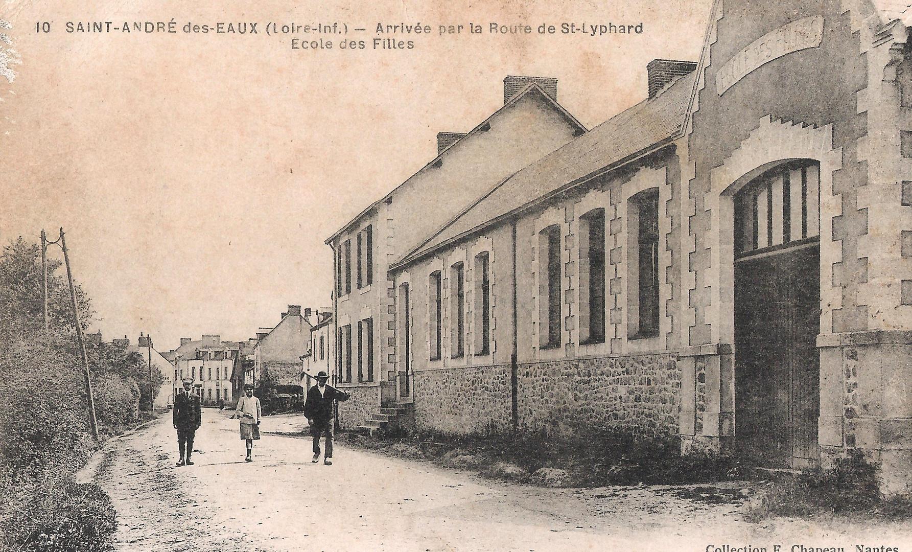 SAINT-ANDRE-des-EAUX_-_Arrivé_par_la_Ro