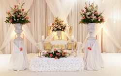 Sweetheart table - Gorgeous White - In The Moment Event Service - wedding coordination