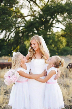 wedding planner outdoor wedding vintage country style
