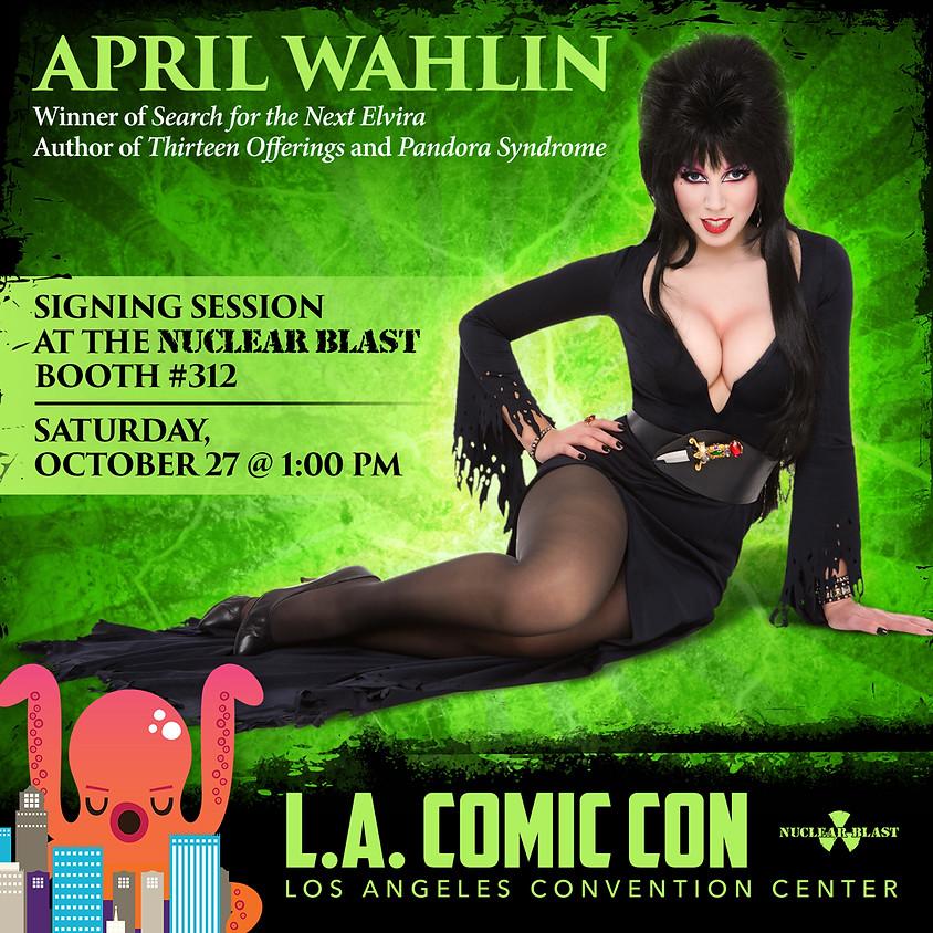 Los Angeles Comic-Con: Signing