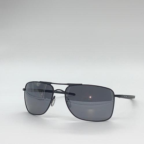 Oakley OO4124