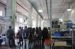 סיור במפעל אקומיוניטי