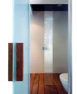 bathroom small_01