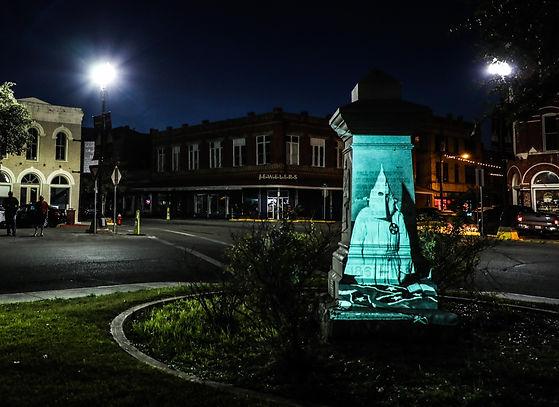 Confederate monument in Lockhart (KKK).jpg
