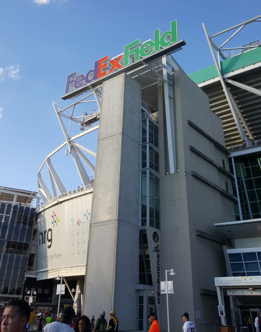 Stadium Review - FedEx Field - Washington, DC