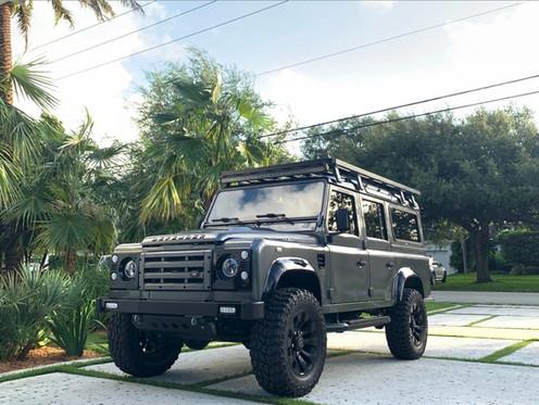 GG Classics Miami Florida Land Rover Defender Customization