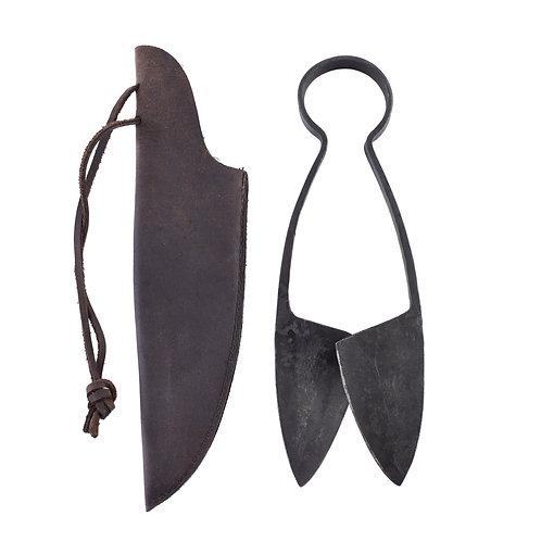 Spring Scissors with leather sheath, medium