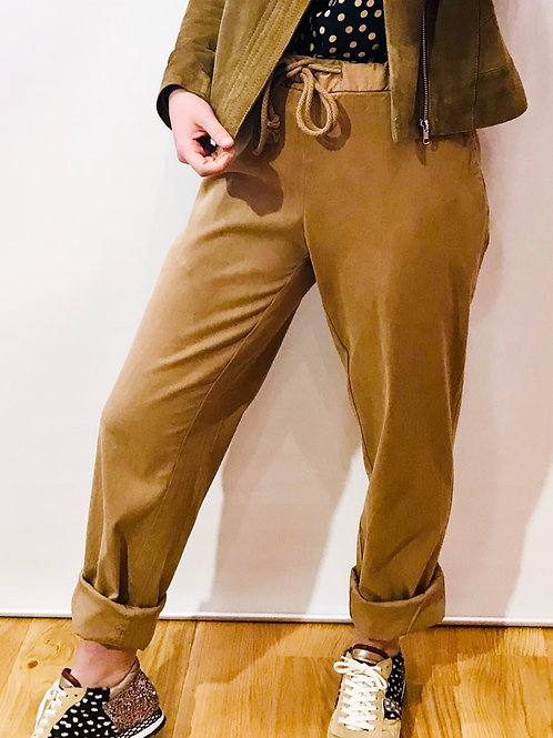PT 01 - Pantalon Beige