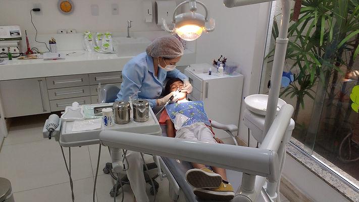 dentist-2264144_1920.jpg