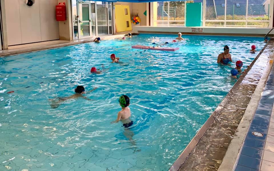 apprentis nageurs piscine buisson