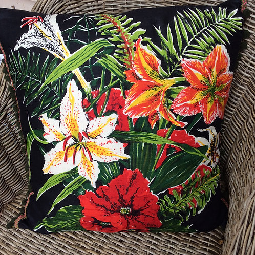 Retro Lily Linen Cushion BK