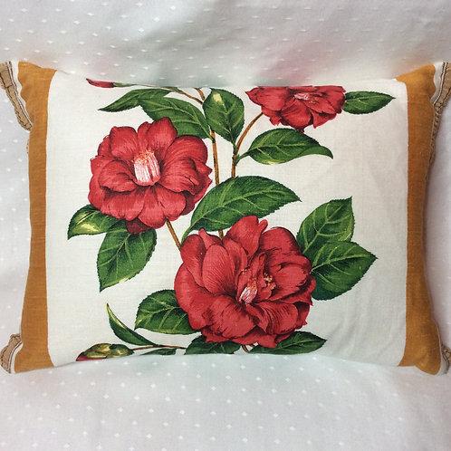 Camelia Linen Cushion
