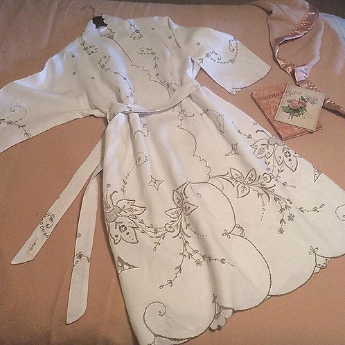 Embroidered Linen Robe