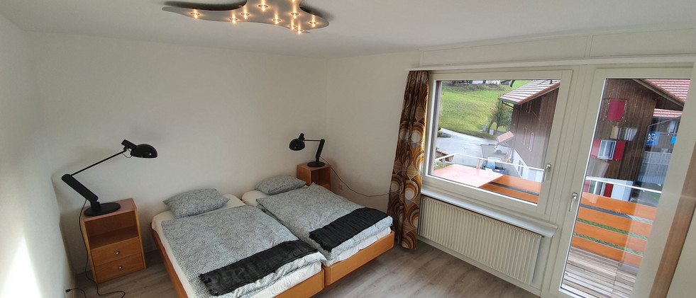 Schlafzimmer Berg mit Balkon