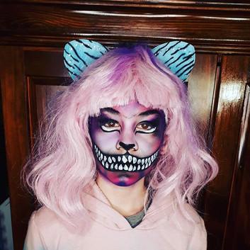 Maquillage Halloween chat Cheshire