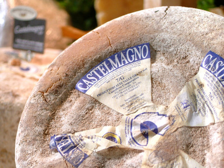 Un santo combattente, un santuario e un formaggio che sa invecchiare. La storia del Castelmagno.