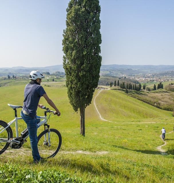 ebike tuscany.jpg