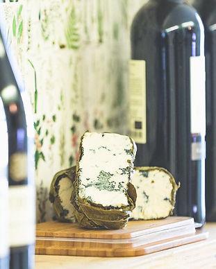 Blauwe kaas bij plant pantry.jpg