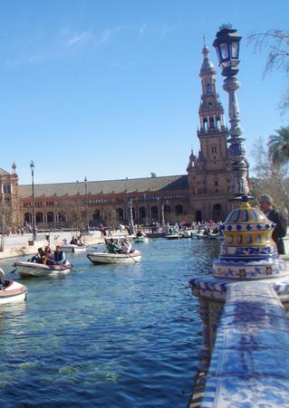 Seville_EN9.jpg