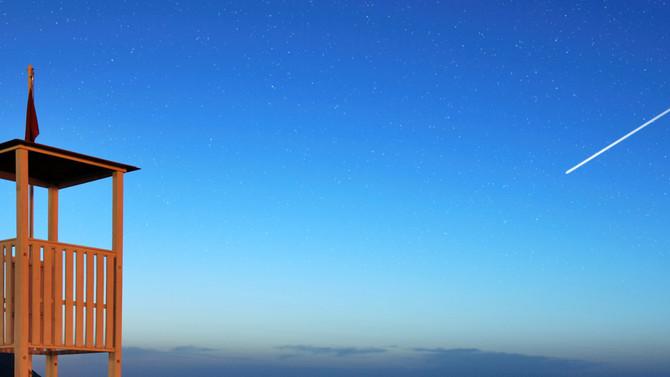 Le stelle, se le guardi, non vogliono cadere