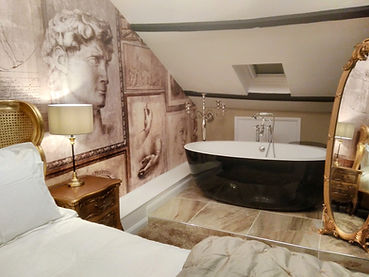 castle keep bath and mirror.jpg