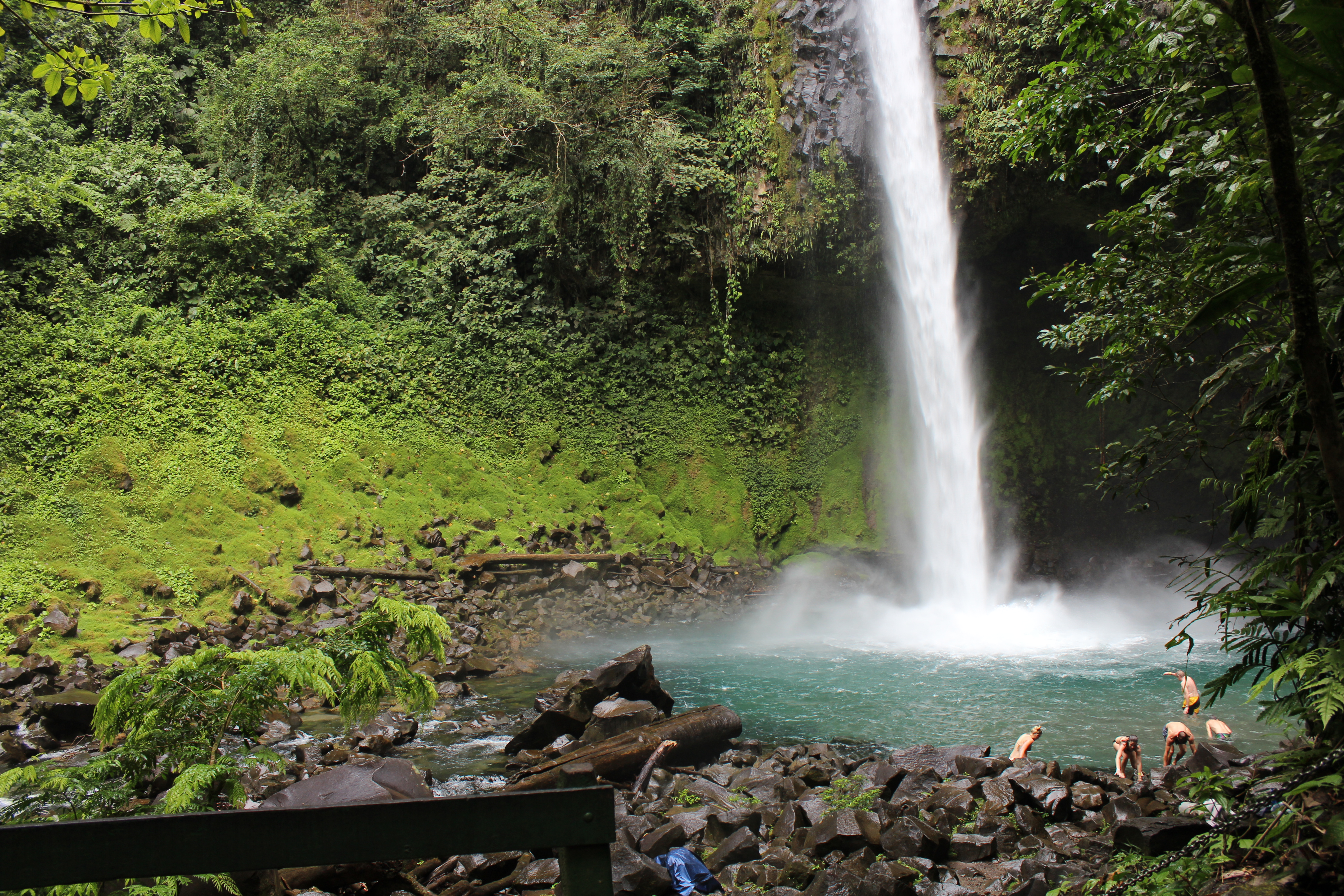 volc_waterfalls1