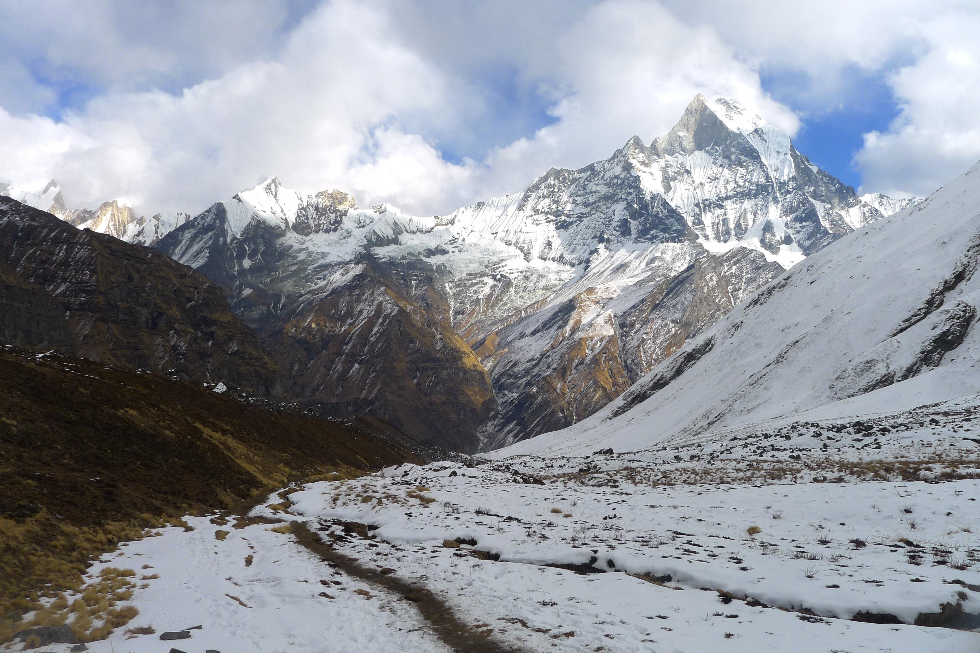 mountain-snow-winter-valley-mountain-range-weather-719131-pxhere.com