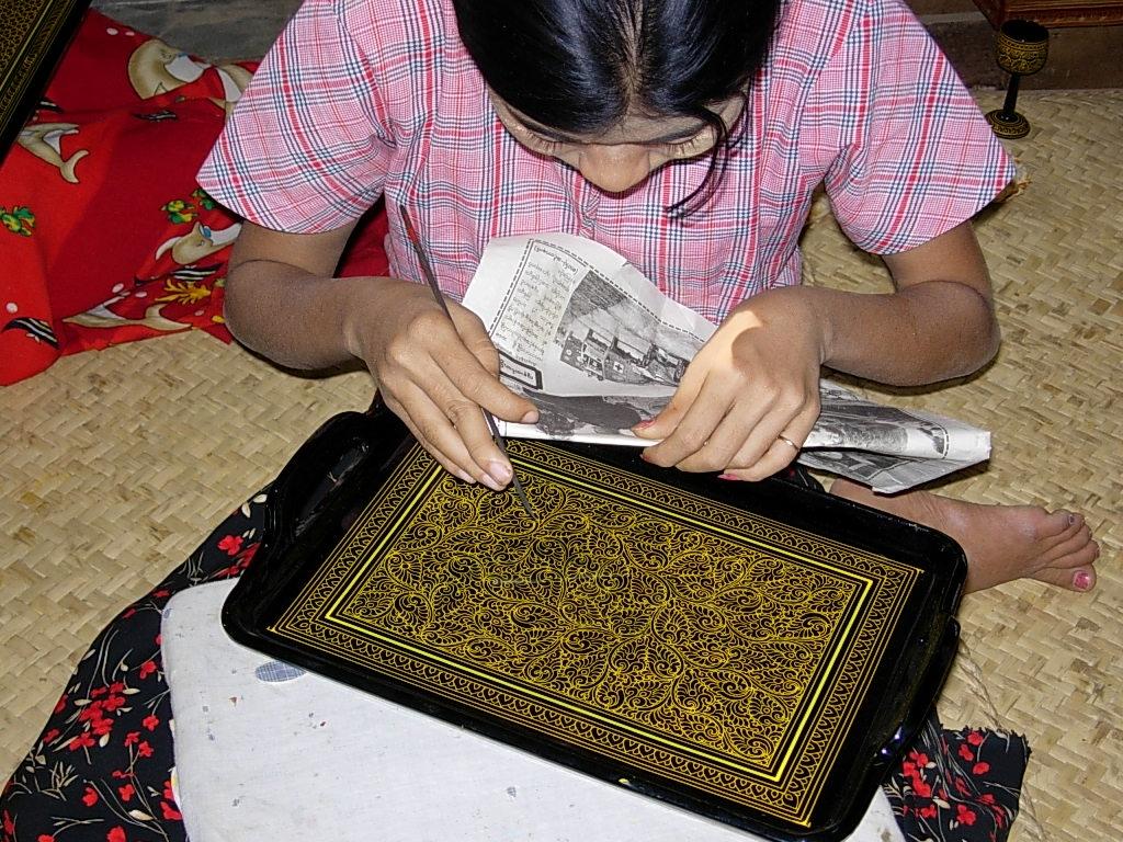 8.Bagan Lacquer ware