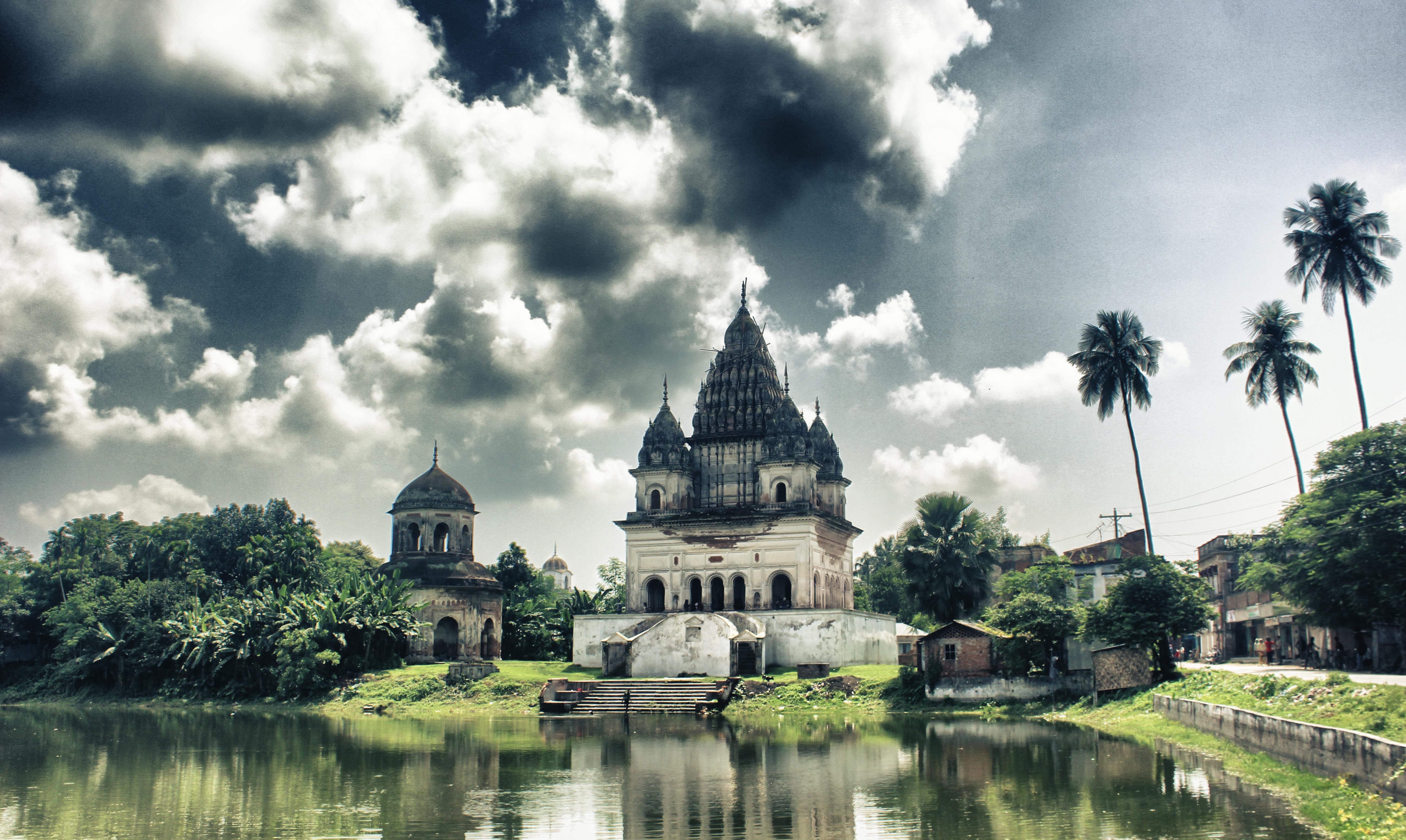 Shiva_Temple,_Puthia,_Rajshahi_NK_(1)