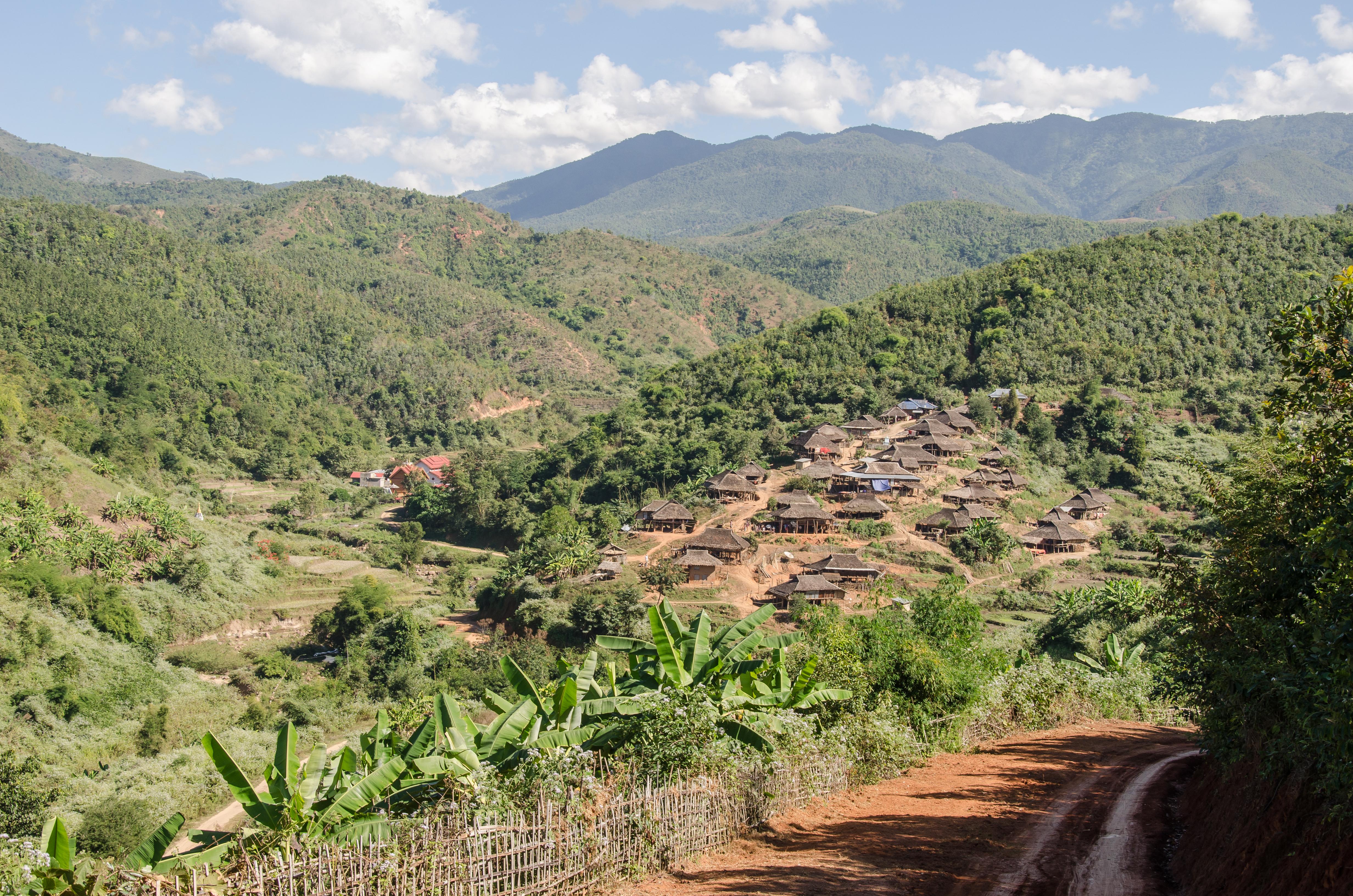 Kyaing Tong Trekking Scenery(2)